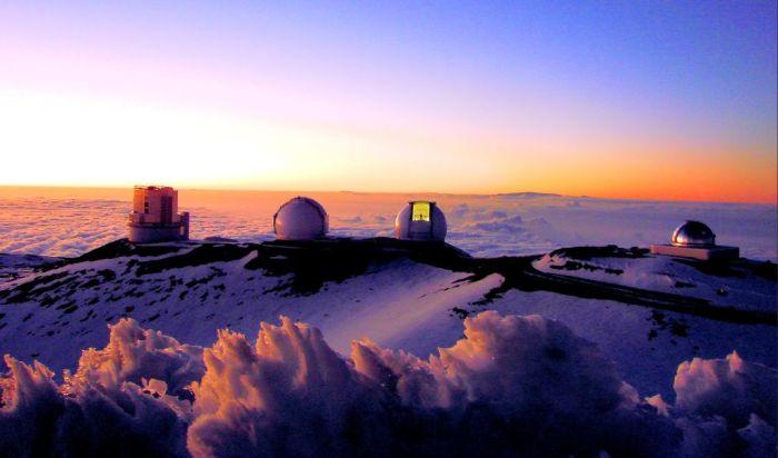 Mauna_Kea_observatory