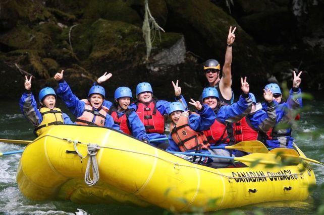 adolescenti-rafting