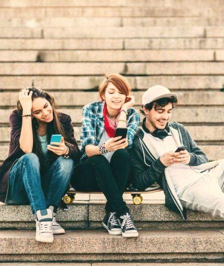 adolescenti-social-media-1