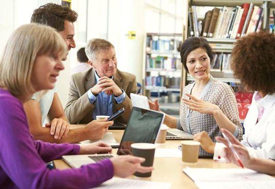 -Leader-Teacher-Staff-Discussion