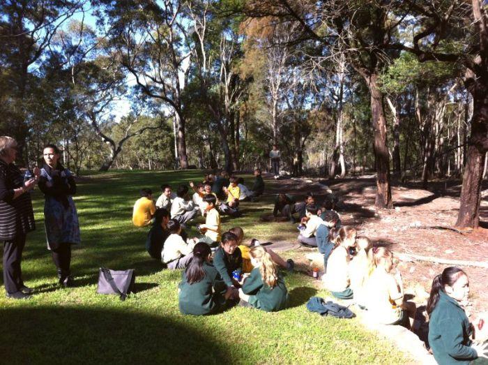 australia-scoala-altefel-5