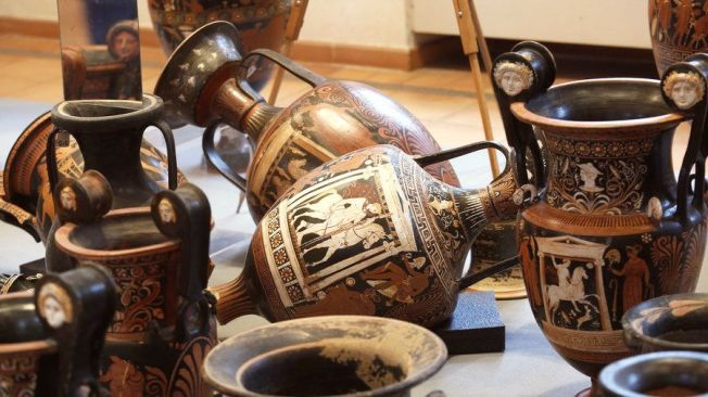 0-urna-greceasca-3