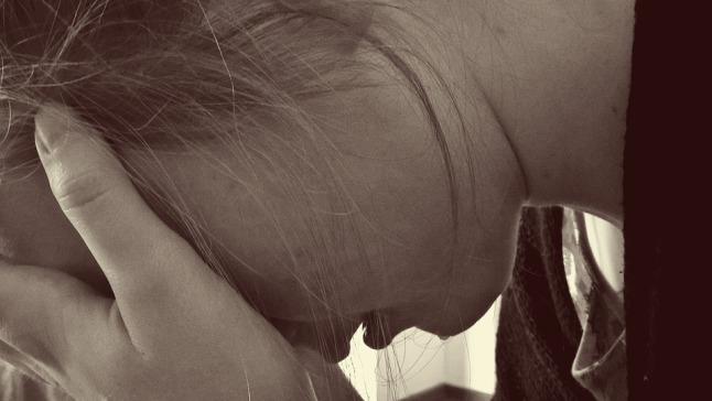 bullied-woman-1006100_960_720